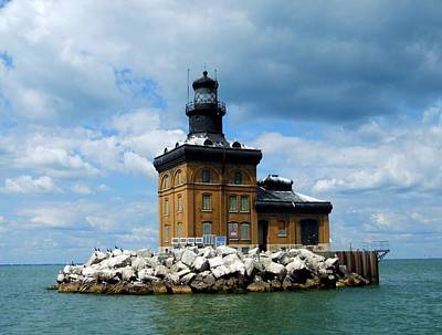 Photograph - Toledo Harbor Lighthouse by Michiale Schneider