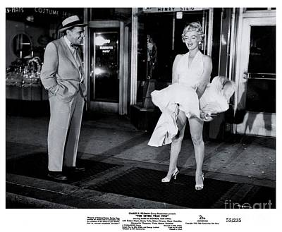 Marilyn Monroe Photograph - Tom Ewell And Marilyn Monroe In The Seven Year Itch by The Titanic Project