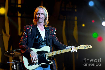 Music Mixed Media - Tom Petty In Concert 9 by Garland Johnson