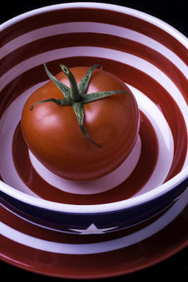Photograph - Tomato In Red And White Bowl by Garry Gay