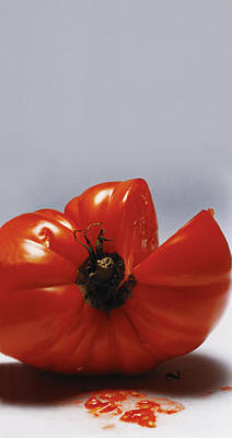 Raw Photograph - Tomato by Romulo Yanes