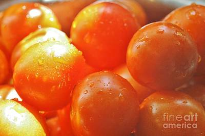 Photograph - Tomato Tears by Barbara S Nickerson