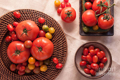Kitchen Decor Photograph - Tomatoes by Ana V Ramirez