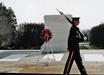 Photograph - Tomb Of The Unknown Soldier by D Hackett