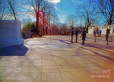 Photograph - Tomb Of The Unknowns by Tom Jelen