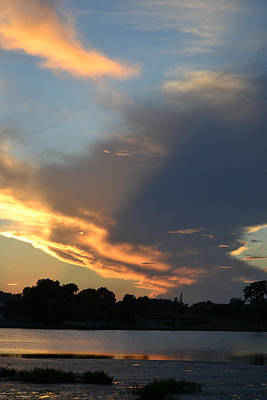 Photograph - Tonight's Sunset Over Lake Desoto by rd Erickson