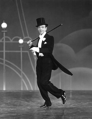 1935 Movies Photograph - Top Hat, Fred Astaire, 1935 by Everett