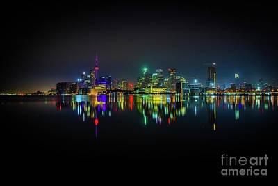 Photograph - Toronto Skyline At Night by Roger Monahan