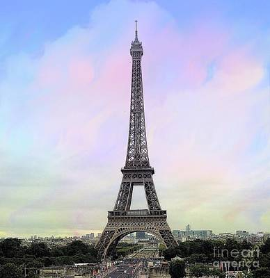 Photograph - Torre Eiffel  by Lilliana Mendez