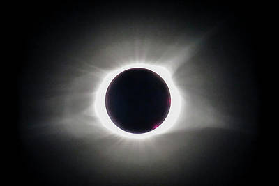 Total Eclipse Of The Sun Photograph - Total Eclipse Of The Sun At Complete Totality by Debra and Dave Vanderlaan