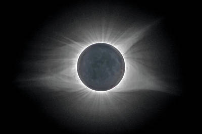 Art Print featuring the photograph Total Solar Eclipse With Corona by Lori Coleman