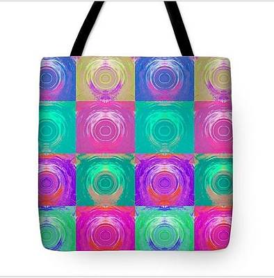 Painting - Tote Almost Round by Lori Kingston