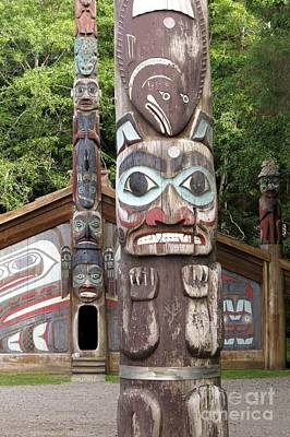 Photograph - Totem Bight Clan House by Frank Townsley