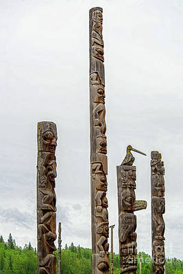 Photograph - Totem Poles Gitanyou by David Arment