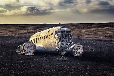 Photograph - Touchdown by James Billings