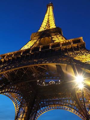 Photograph - Tour Eiffel by Ferran Serra