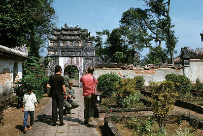 Photograph - Touring The Imperial City by Robert Holden