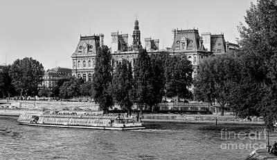 Photograph - Tourist Cruise Seine River Paris Black White  by Chuck Kuhn