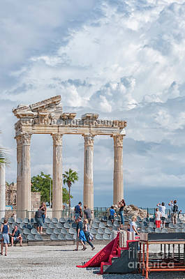 Tourists At Apollo Temple Art Print