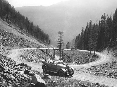 Dirt Roads Photograph - Tourists In Yellowstone by Underwood Archives