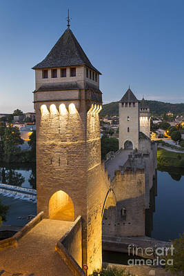 Photograph - Tower Bridge - Pont Valentre by Brian Jannsen