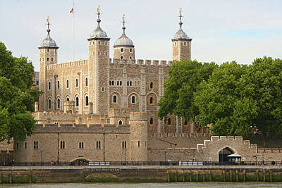 Photograph - Tower Of London by Fran West