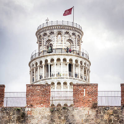 Photograph - Tower Over The Wall by Michael Thomas