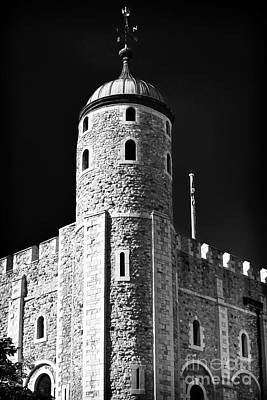 Tower Of London Photograph - Tower Windows by John Rizzuto