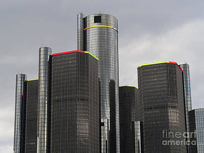 Photograph - Towering Over Detroit by Ann Horn
