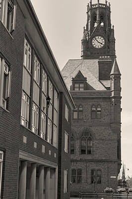 Barrow In Furness Wall Art - Photograph - Town Hall by Keith Elliott