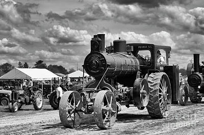 Photograph - Tractor Steam Engine by Tamara Becker