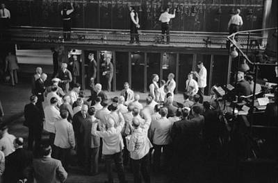 Bsloc Photograph - Traders Bidding On Commodity Futures by Everett