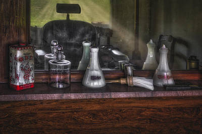 Photograph - Traditional Barber Shop by Susan Candelario