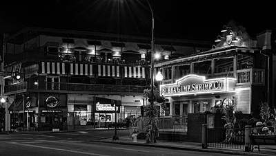 Black And White Photograph - Traffic Light No 8 Gatlinburg In Black And White by Greg Mimbs