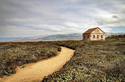 Photograph - Trail And Shed - San Simeon, California by R Scott Duncan
