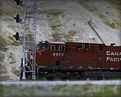 Photograph - Train 9365 by Edward Kovalsky
