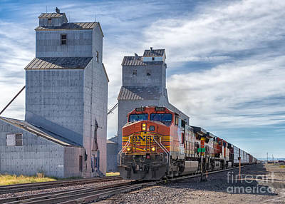 Montana Digital Art - Train And Grain Elevator by Jerry Fornarotto