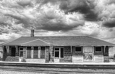Nature Photograph - Train Stop Bw by James BO  Insogna