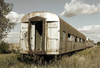 Photograph - Train To Nowhere by Gary Gunderson