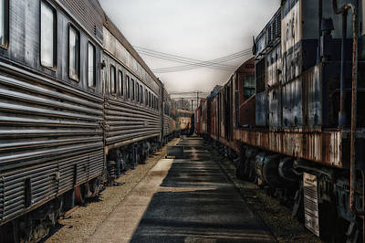 Rusted Cars Mixed Media - Train Yards At Sunrise Sc by Thomas Woolworth