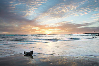 Photograph - Tranquility At Aberdeen Beach by Veli Bariskan