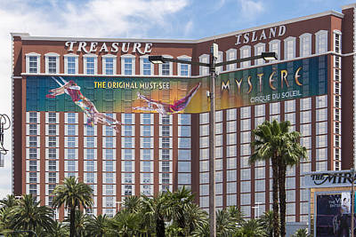 Treasure Island Casino And Resort - Las Vegas Nevada Art Print by Jon Berghoff