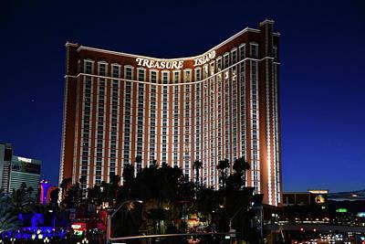 Photograph - Treasure Island Las Vegas by David Lee Thompson
