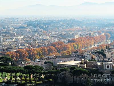 Photograph - Tree Lined Tiber In Fall by Laurie Morgan