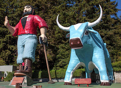 Photograph - Trees Of Mystery Paul Bunyan And Babe The Blue Ox by Gregory Dyer