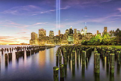 Photograph - Tribute In Light 2016 by Zev Steinhardt