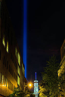 Photograph - Tribute In Light by Fran Gallogly