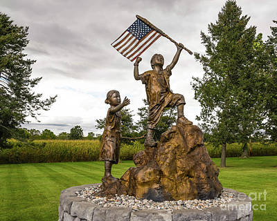 Photograph - Tribute Park Flag Statue by Grace Grogan