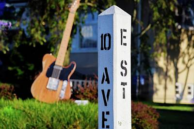 Street Band Wall Art - Photograph - Tribute To Bruce Springsteen And The E Street Band by Bob Cuthbert