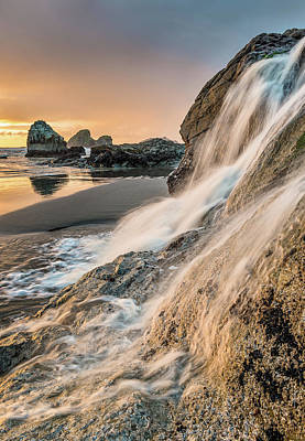 Photograph - Trinidad Tidal Waterfall by Greg Nyquist